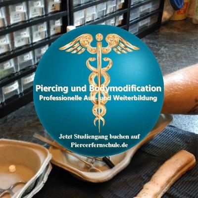 Piercerfernlehrgang: Übungen zum Piercing stechen I Ausbildung zum Piercer auf Piercerfernschule.de